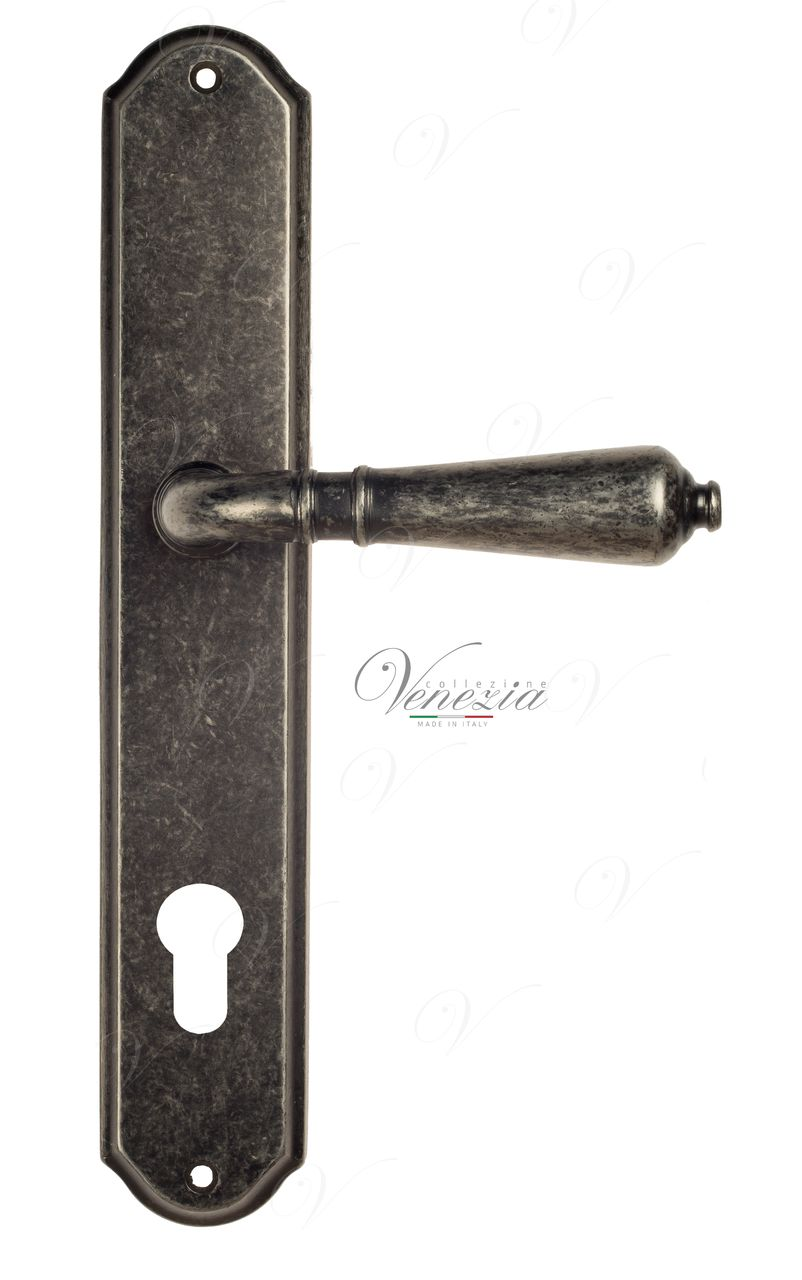 Door Handle Venezia  VIGNOLE  CYL On Backplate PL02 Antique Silver
