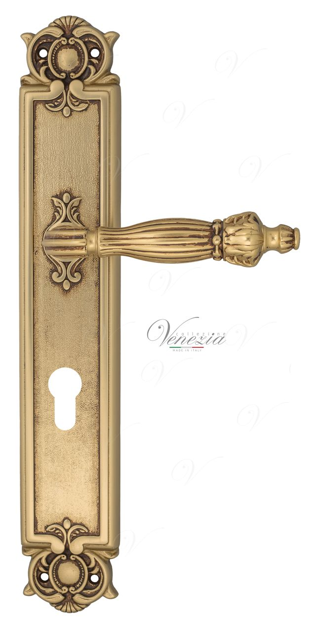 Door Handle Venezia  OLIMPO  CYL On Backplate PL97 French Gold + Brown
