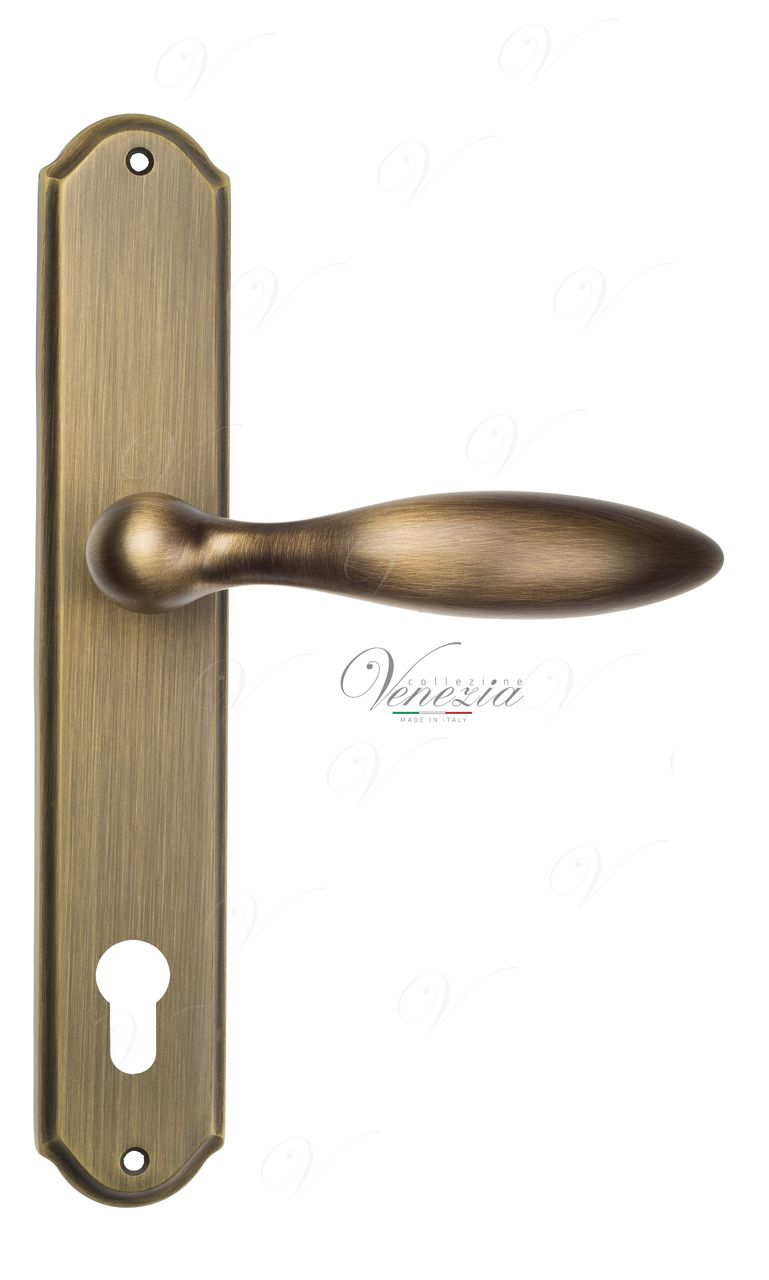 Door Handle Venezia  MAGGIORE  CYL On Backplate PL02 Mat Bronze