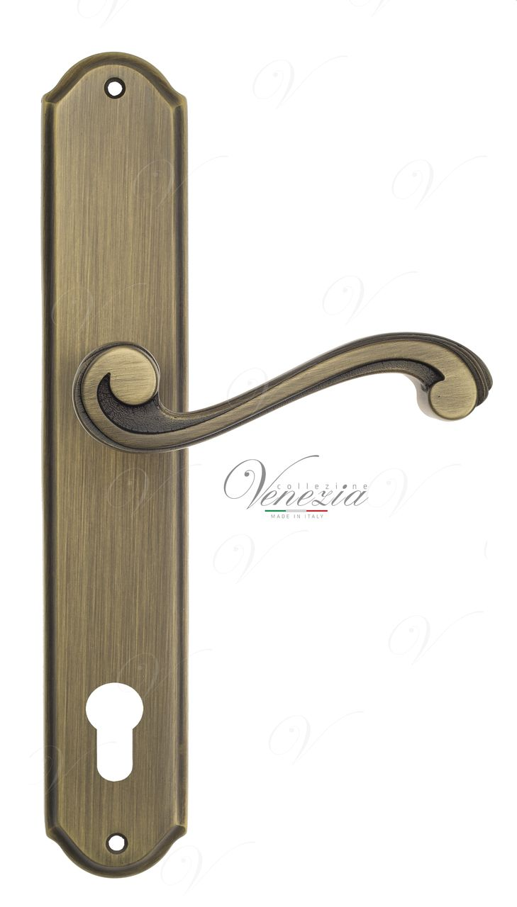 Door Handle Venezia  VIVALDI  CYL On Backplate PL02 Mat Bronze