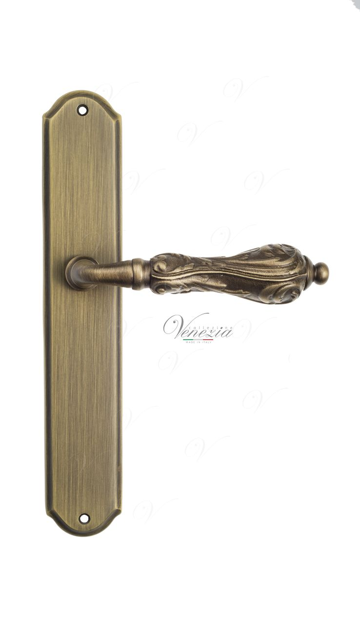 Door Handle Venezia  MONTE CRISTO  On Backplate PL02 Mat Bronze