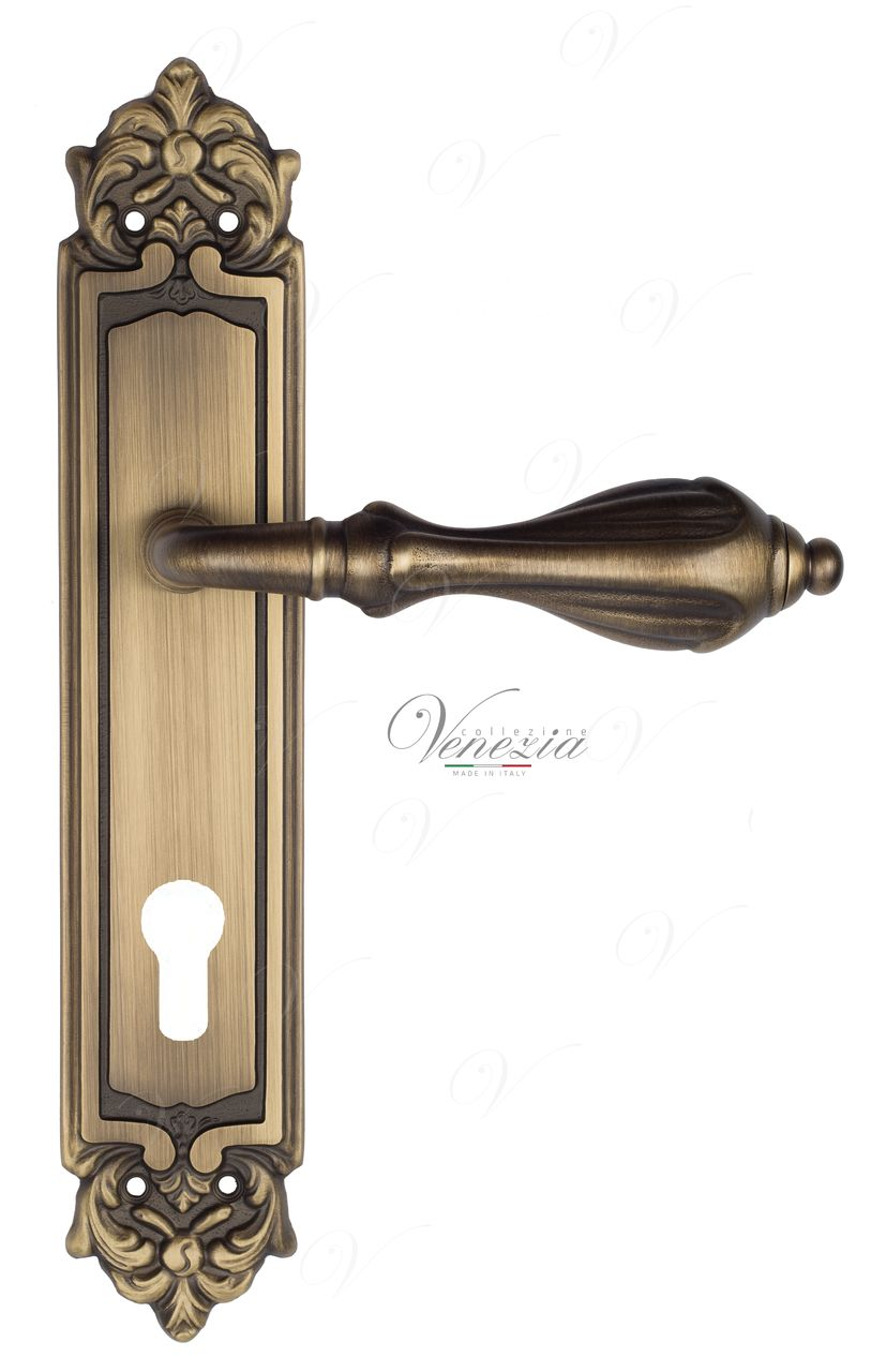 Door Handle Venezia  ANAFESTO  CYL On Backplate PL96 Mat Bronze